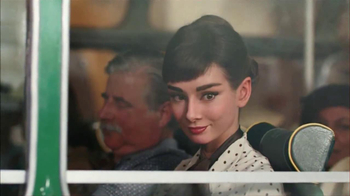 Dove Dark Chocolate TV Spot, 'Audrey Hepburn' - Thumbnail 4