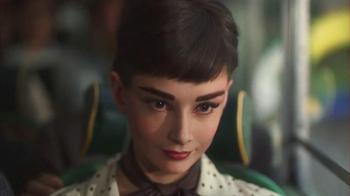 Dove Dark Chocolate TV Spot, 'Audrey Hepburn' - Thumbnail 5