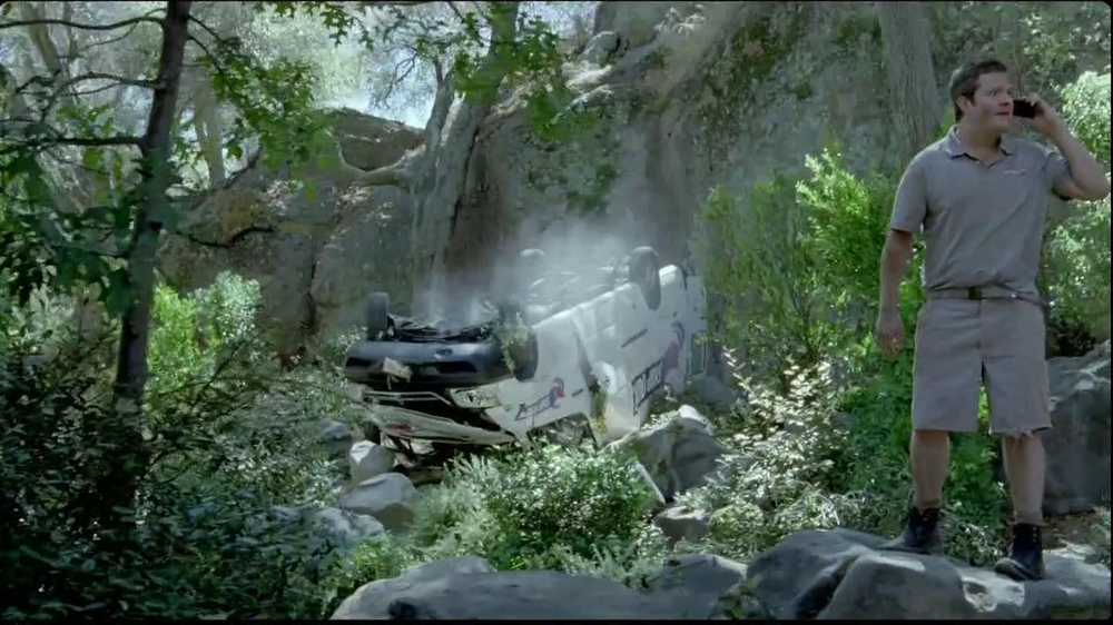 DirecTV TV Spot, 'Stranded' - Screenshot 3