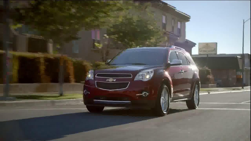 2014 Chevrolet Equinox with Siri Eyes Free TV Spot, 'The New Connected' - Screenshot 1