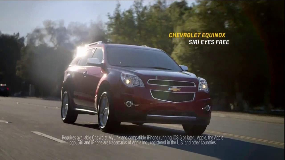 2014 Chevrolet Equinox with Siri Eyes Free TV Spot, 'The New Connected' - Screenshot 10