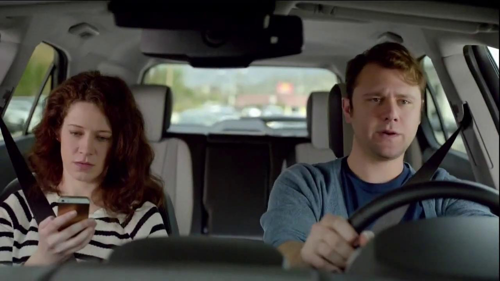 2014 Chevrolet Equinox with Siri Eyes Free TV Spot, 'The New Connected' - Screenshot 3