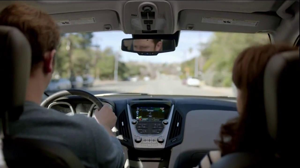 2014 Chevrolet Equinox with Siri Eyes Free TV Spot, 'The New Connected' - Screenshot 4