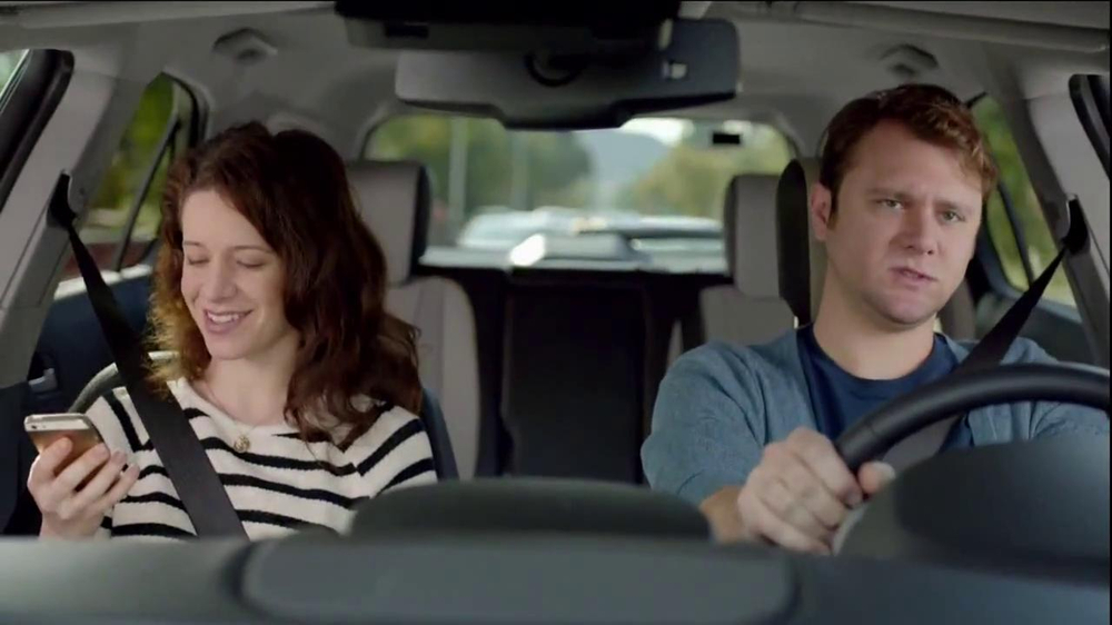 2014 Chevrolet Equinox with Siri Eyes Free TV Spot, 'The New Connected' - Screenshot 5