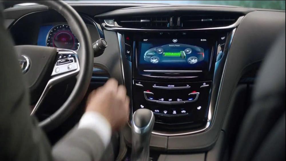 2014 Cadillac ELR TV Spot, 'Poolside' - Screenshot 10