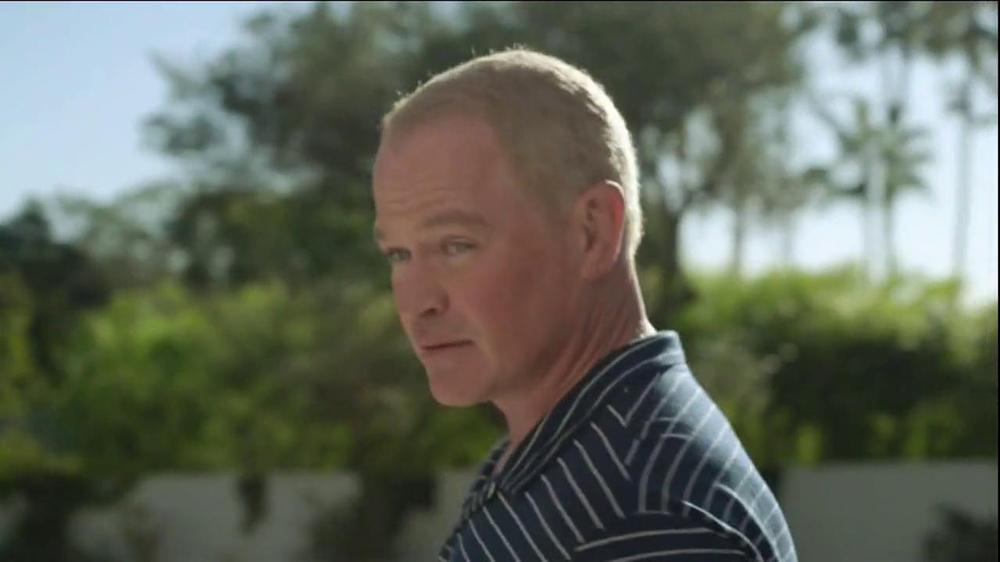 2014 Cadillac ELR TV Spot, 'Poolside' - Screenshot 3