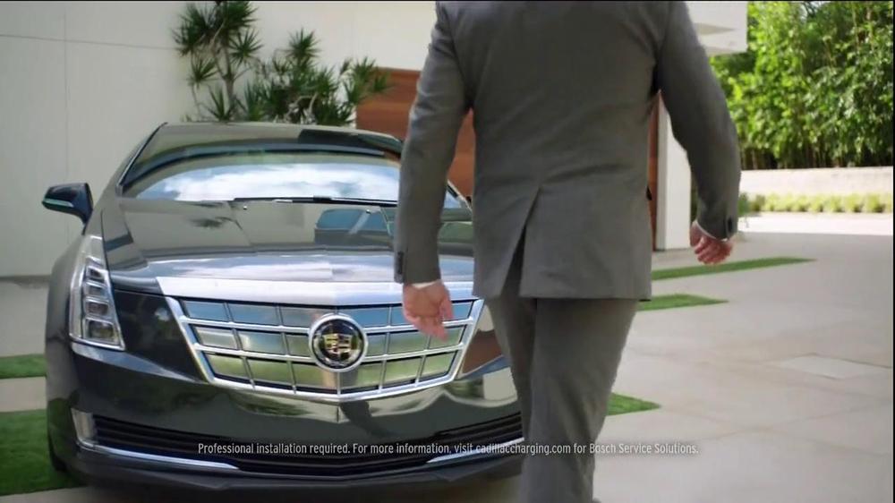 2014 Cadillac ELR TV Spot, 'Poolside' - Screenshot 9
