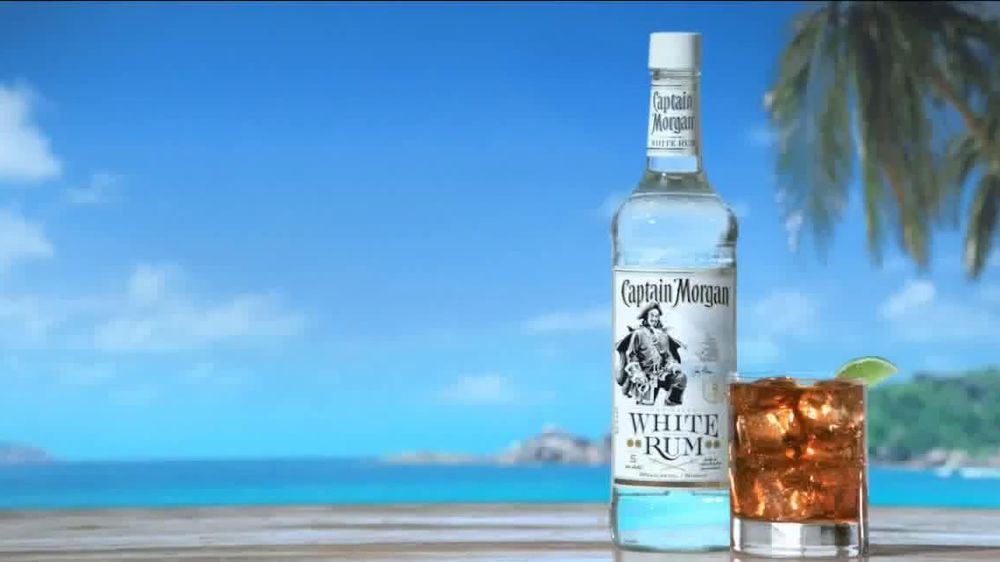Captain Morgan White Rum TV Spot. 'White Rum Has A New Captain' - Screenshot 10