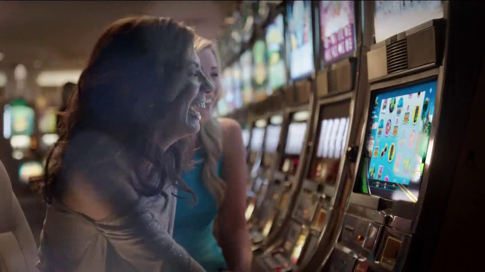 Big Fish Casino TV Spot, 'Puppy' - Screenshot 7