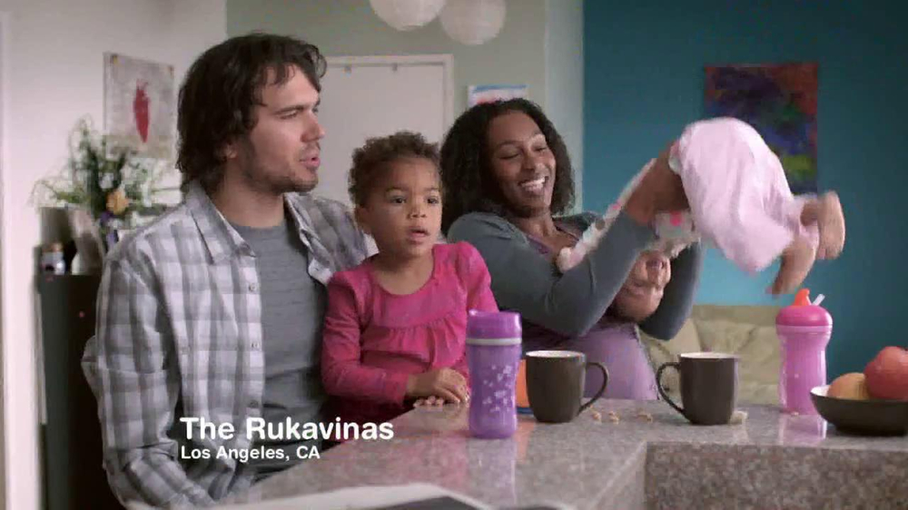 Swiffer TV Spot, 'The Rukavinas' - Screenshot 1
