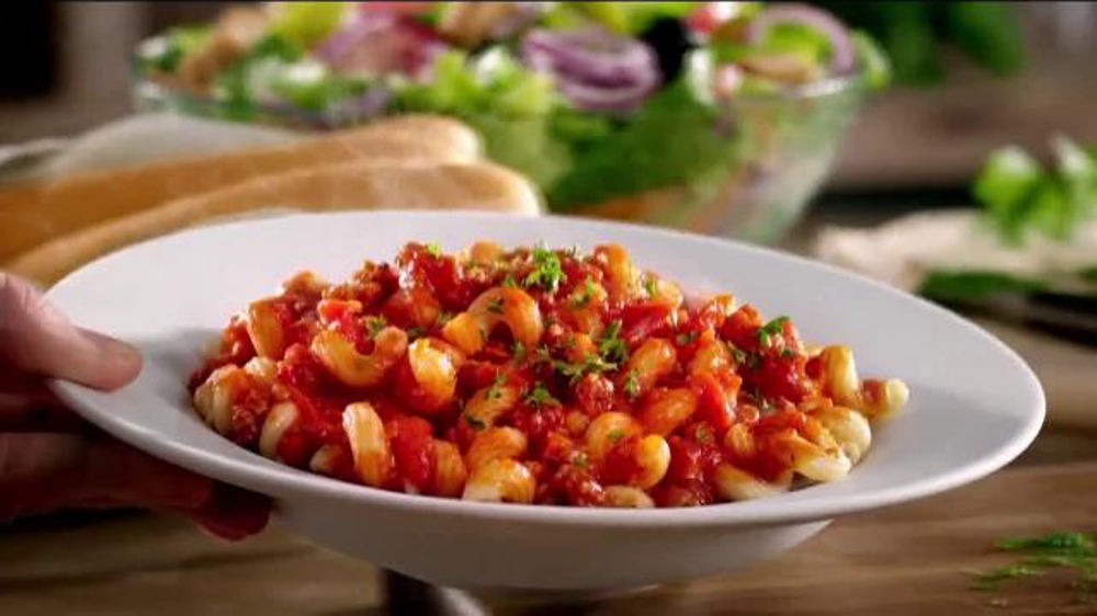 Olive garden never ending pasta bowl tv commercial 39 back and better than ever 39 for Olive garden endless pasta bowl