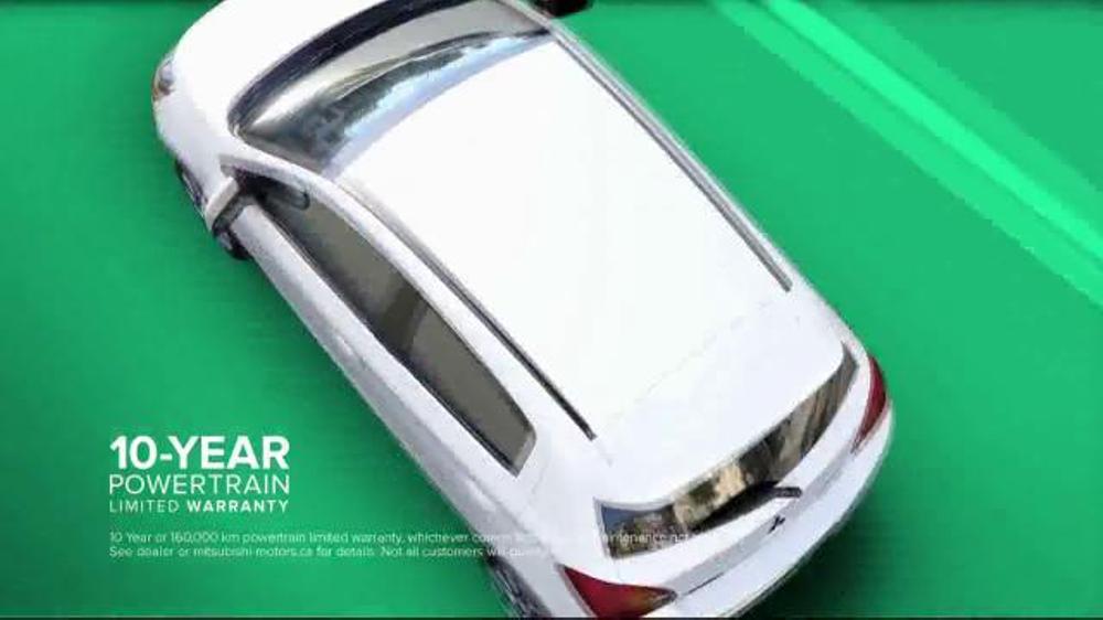 2014 Mitsubishi Mirage TV Spot, 'Vibrant Colors' - Screenshot 3