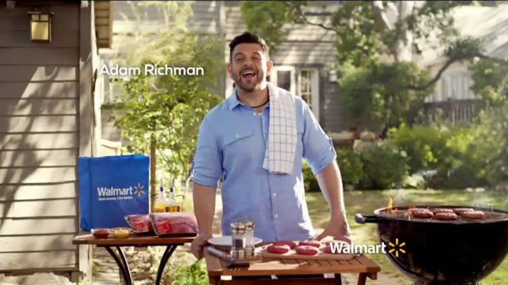 Walmart TV Spot, 'Tip for Grilling the Perfect Burger' Feat. Adam Richman - Screenshot 1
