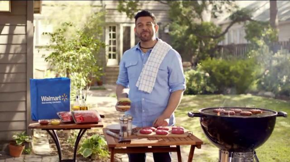 Walmart TV Spot, 'Tip for Grilling the Perfect Burger' Feat. Adam Richman - Screenshot 6