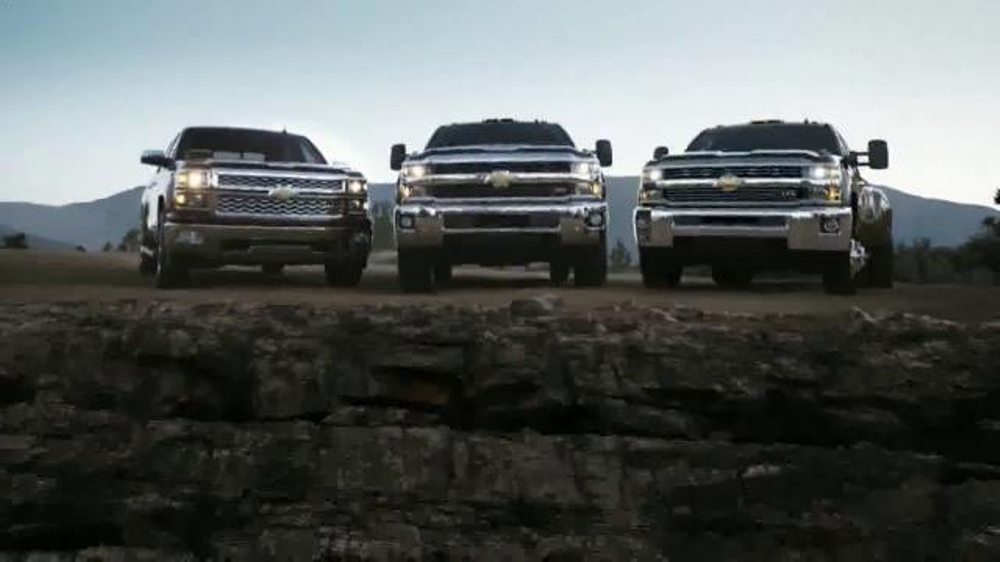 2015 Silverado Heavy Duty TV Spot, 'Best-in-Class Towing' - Screenshot 10