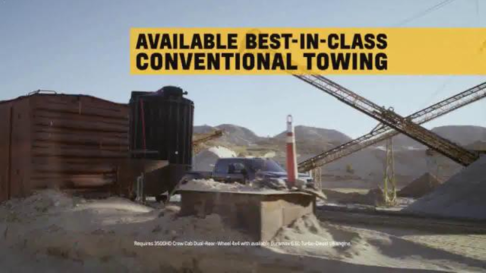 2015 Silverado Heavy Duty TV Spot, 'Best-in-Class Towing' - Screenshot 7