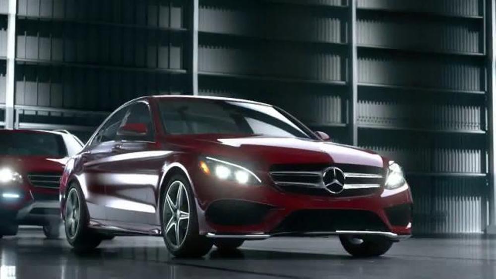2014 mercedes benz cla 250 tv spot 39 winter event 39 for Mercedes benz winter event commercial