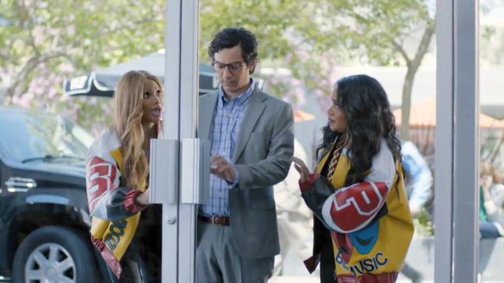 GEICO TV Spot, 'Push It: It's What You Do' Featuring Salt-N-Pepa