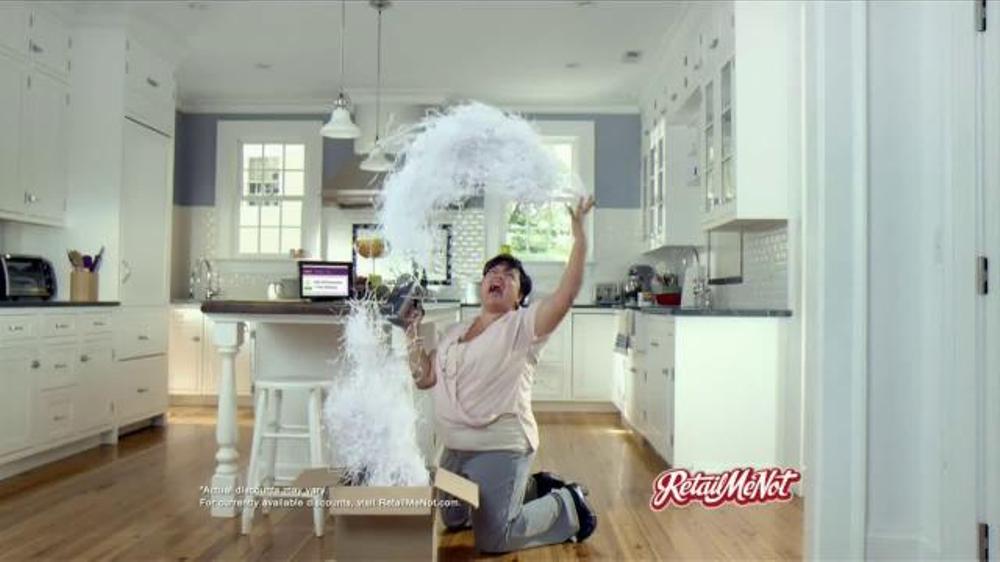 Retailmenot.com TV Spot, 'Tis the Season to Celebrate'