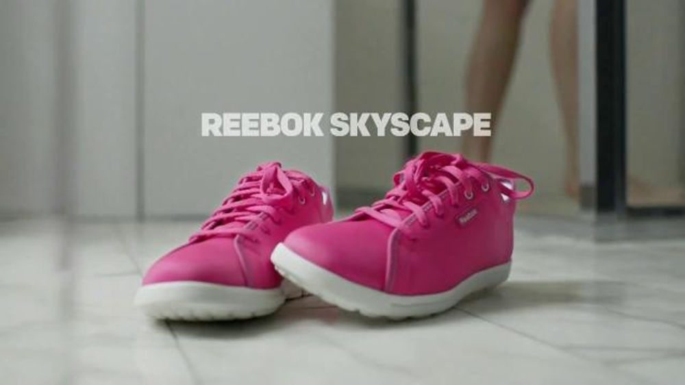 Reebok Skyscape Forever TV Spot Feat. Miranda Kerr, Song by Sister Nancy - Screenshot 9