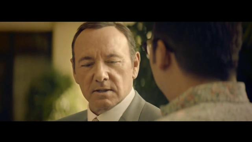 E*TRADE TV Spot, 'Talent Scout: Buffet' Featuring Kevin Spacey - Screenshot 6