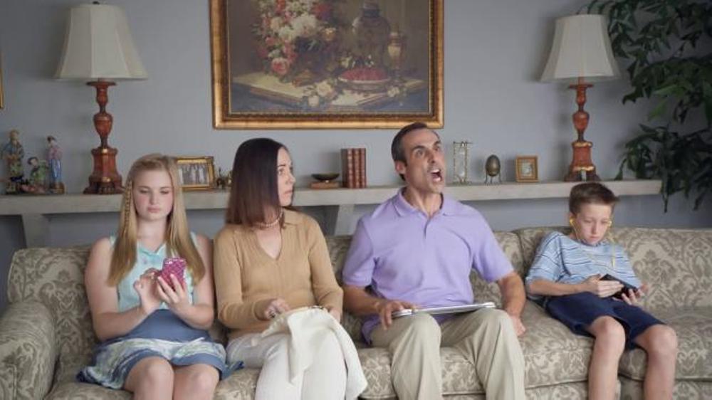 Little Caesars Pizza TV Spot, 'Off the Grid'