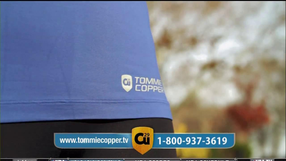 Tommie Copper Compression Sleeve TV Spot Featuring Montel Williams  - Screenshot 6