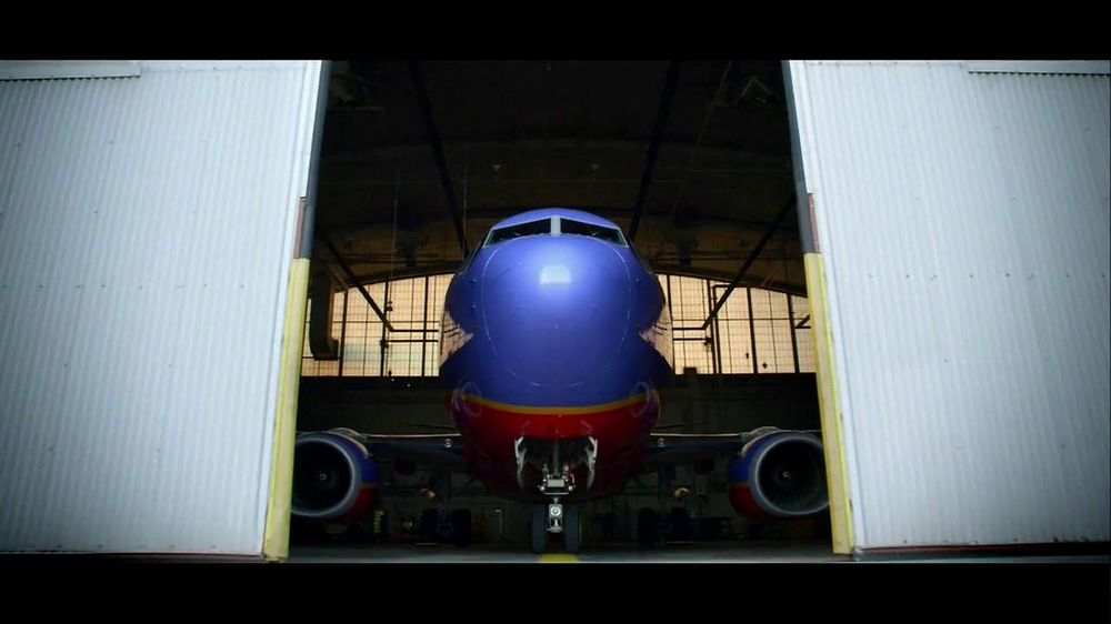 Southwest Airlines TV Spot, 'Never Back Down' Song by Fun - Screenshot 1