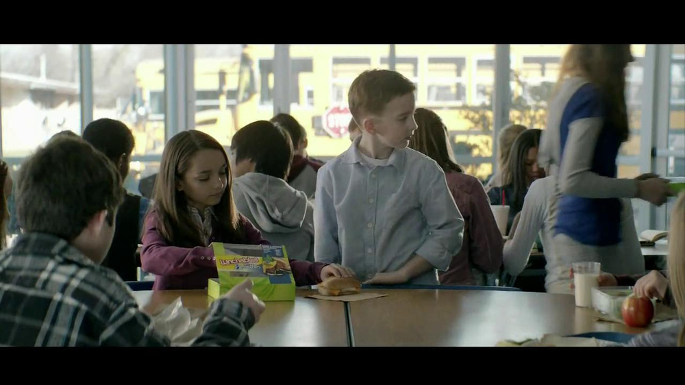 Lunchables with Smoothie TV Spot, 'Kid Pickup Lines' - Screenshot 9
