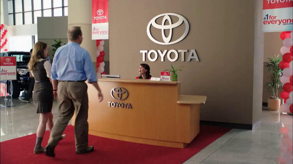 who is the actor in the toyota corolla commercial autos post. Black Bedroom Furniture Sets. Home Design Ideas