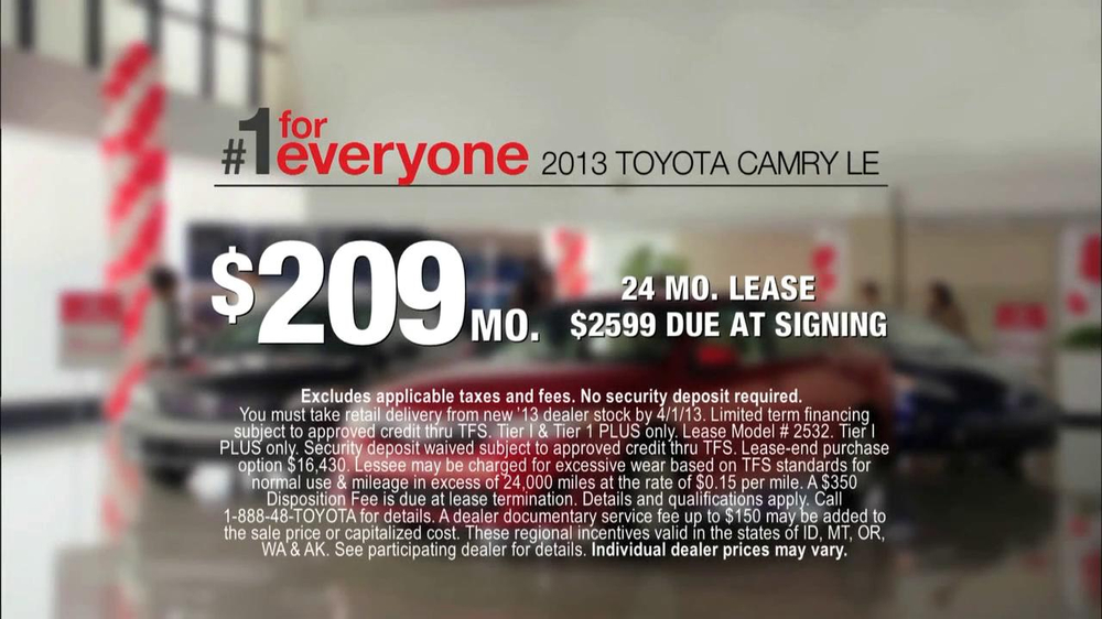 2013 Toyota Camry TV Spot, 'Hand-Me Downs' - Screenshot 8