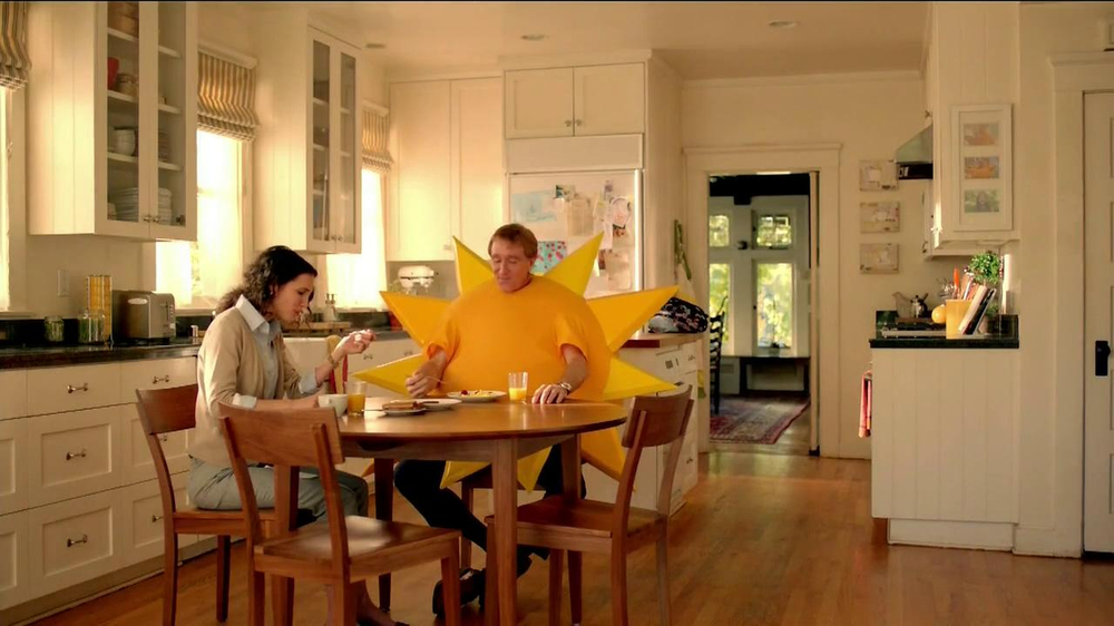Jimmy Dean Fully Cooked Sausages TV Spot, 'Staring Contest' - Screenshot 2