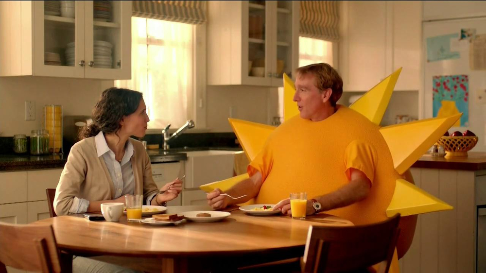 Jimmy Dean Fully Cooked Sausages TV Spot, 'Staring Contest' - Screenshot 3