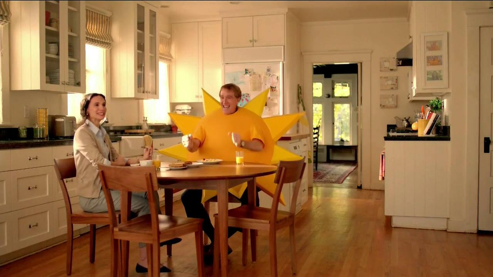 Jimmy Dean Fully Cooked Sausages TV Spot, 'Staring Contest' - Screenshot 8