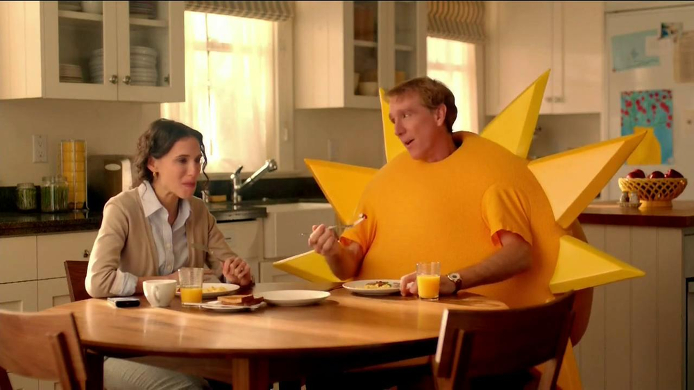 Jimmy Dean Fully Cooked Sausages TV Spot, 'Staring Contest' - Screenshot 9