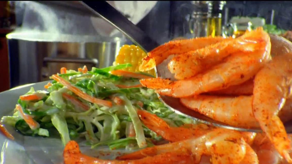 Golden Corral Prime Rib and Shrimp Weekend TV Spot  - Screenshot 6