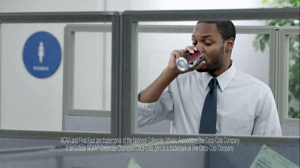 Coca-Cola Zero TV Spot, 'Office Brackets' - Screenshot 4