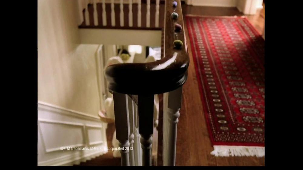 M&M's TV Spot, 'Easter Bunny Costume' - Screenshot 1