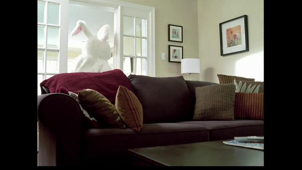 M&M's TV Spot, 'Easter Bunny Costume' - Screenshot 5