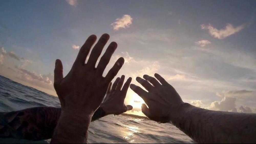 Corona Extra TV Spot, 'Life' Song by Wildlife - Screenshot 10