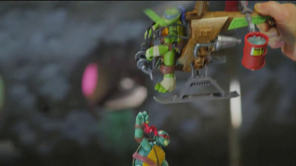 Teenage Mutant Ninja Turtles Mutagen Ooze TV Spot - Screenshot 9