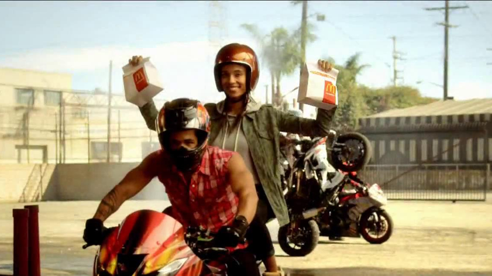 McDonald's Hot 'n Spicy McChicken TV Spot, 'Badder & Bolder' - Screenshot 1
