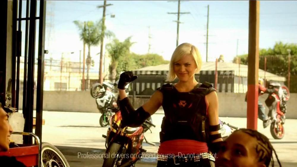 McDonald's Hot 'n Spicy McChicken TV Spot, 'Badder & Bolder' - Screenshot 9