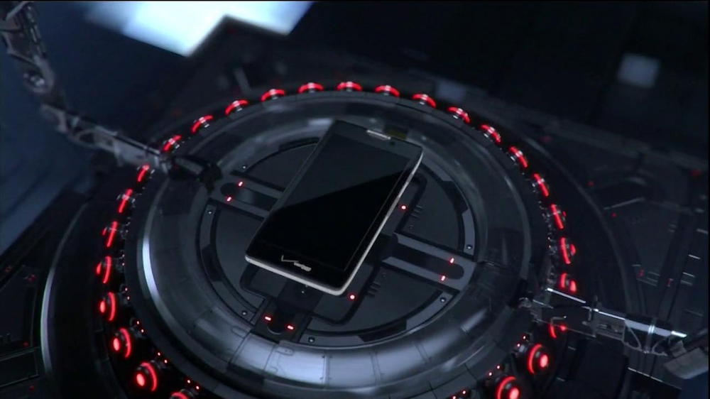 Motorola Droid Razr Maxx HD TV Spot, 'Droid Endurance' Song by Contrakids - Screenshot 1
