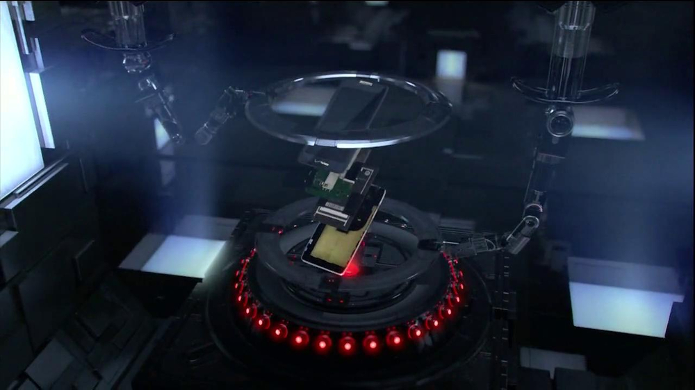 Motorola Droid Razr Maxx HD TV Spot, 'Droid Endurance' Song by Contrakids - Screenshot 2