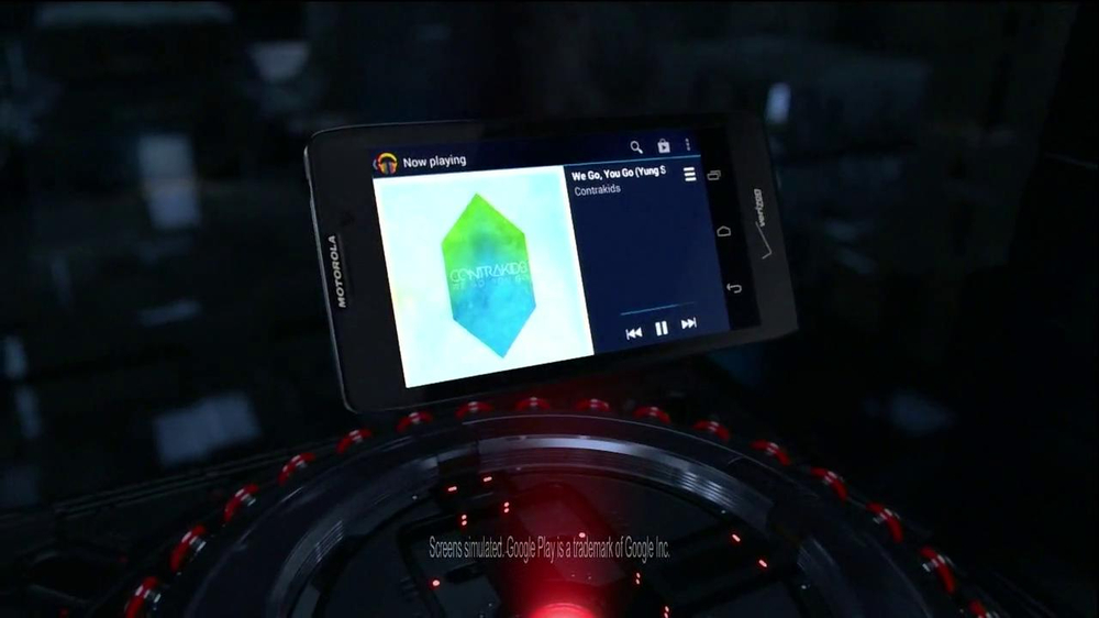 Motorola Droid Razr Maxx HD TV Spot, 'Droid Endurance' Song by Contrakids - Screenshot 7