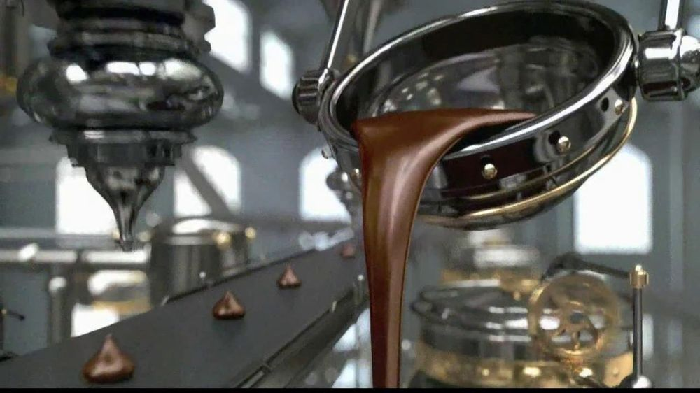 Hershey's Kisses TV Spot, 'Easter Kisses' - Screenshot 1