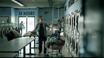 Butterfinger TV Spot, 'Laundromat Ninja'