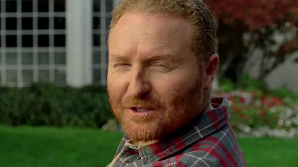 Scotts Turf Builder Lawn Food TV Spot, 'Feed Us!' - Screenshot 9