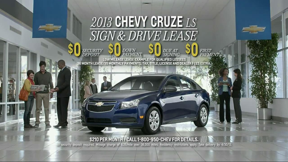 2013 Chevrolet Cruze LS TV Spot, 'Road Trip Test Drive' - Screenshot 9
